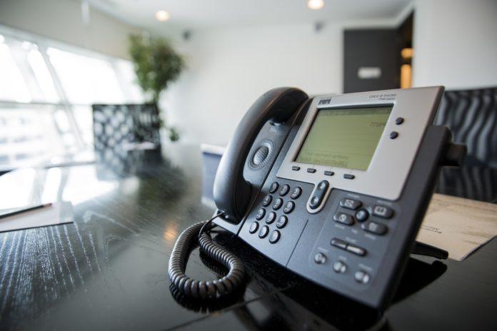 Jak dostać pracę jako telemarketer?