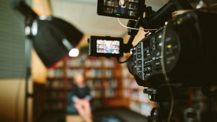 Jak napisać scenariusz filmowy?
