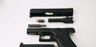 Różne rodzaje broni o szerokim zastosowaniu